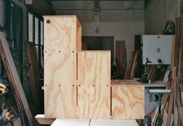 Scala scarpiera armando belluti artigiano del legno - Costruire scale in legno ...